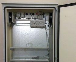 Электронные термостаты в термошкафу
